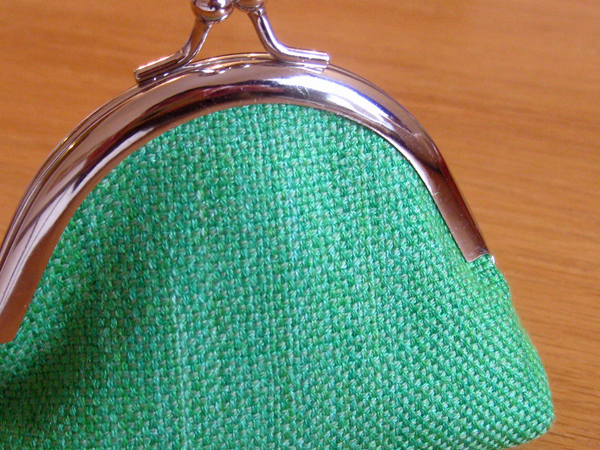 green purse 2