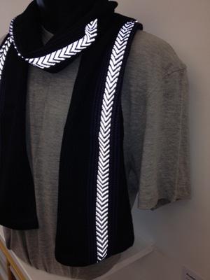reflective scarf flash