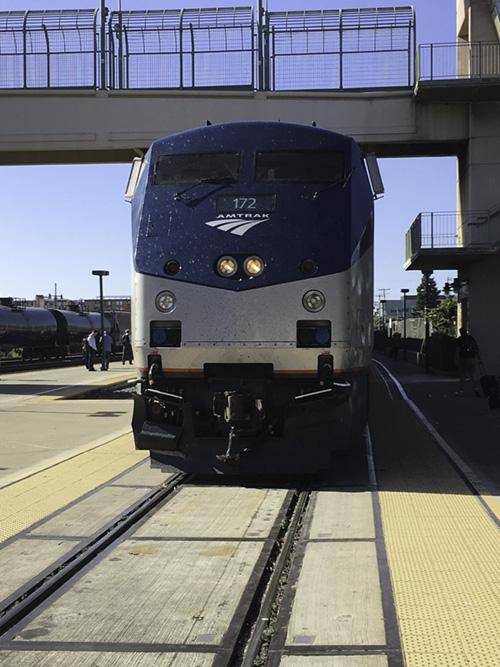train at Emeryville