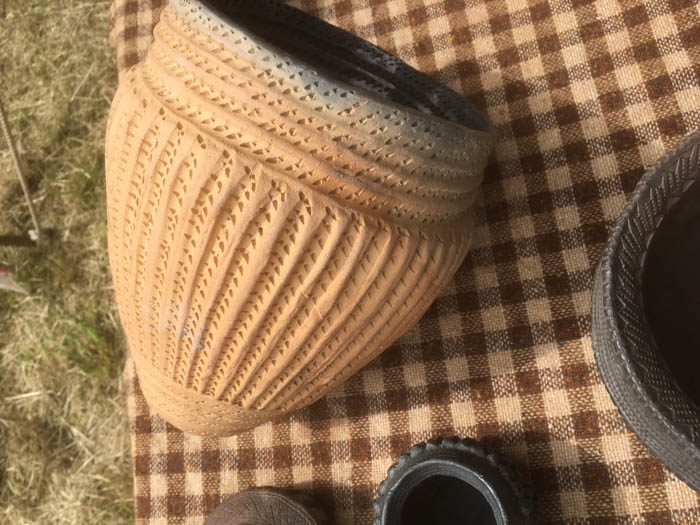 Pot with rope imprint
